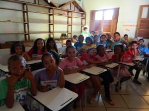 Etapa 1: Educação sobre Meio Ambiente. Aula sobre reciclagem. Escola Municipal Irmã Barbosa- Vitória da Conquista